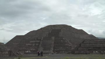 المكسيك تأمل إحياء السياحة مع إعادة افتتاح مدينة تيوتيهواكان الأثرية