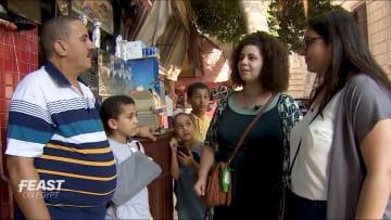 """جوهرة مخفية في الإسكندرية.. سيدتان تبحثان عن الـ""""كبدة اسكندراني"""" في مصر"""