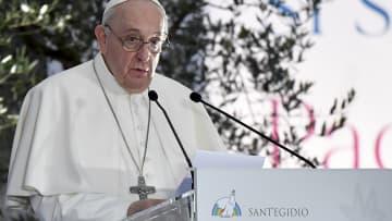 البابا يغضب الصين: أقلية الإيغور المسلمة الأكثر تعرضا للاضطهاد بالعالم