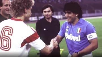 شاهد أبرز لحظات حياة دييغو مارادونا.. أسطورة كرة القدم