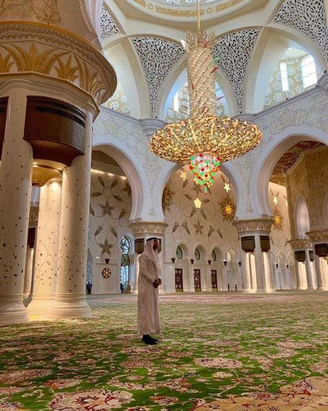 ماذا قال لاعب كرة قدم ريال مدريد عن مسجد الشيخ زايد؟