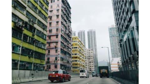لحظة هادئة في شوارع هونغ كونغ.
