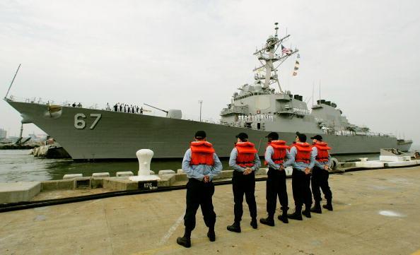 مسؤول أمريكي: غارة جوية تقتل العقل المدبر لتفجير المدمرة USS Cole في اليمن