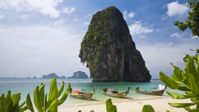 بين حمّامات الطين وصيد القواقع … هكذا يروج السكان المحليون لتايلند
