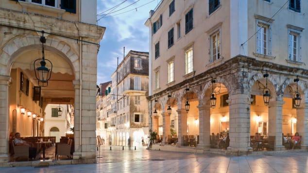 بلدة كورفو في اليونان