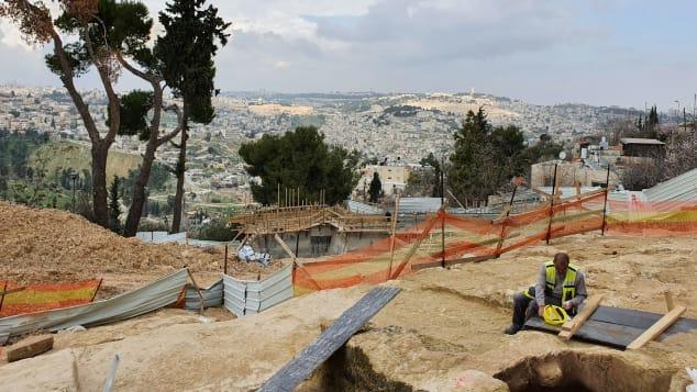 """العثور على مرحاض """"فخم"""" في القدس يعود إلى أكثر من 2700 عام"""
