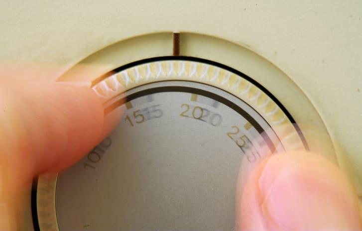 منظم درجة الحرارة