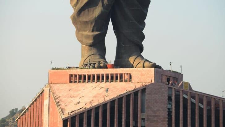 لن تصدق أين يوجد أطول تمثال في العالم