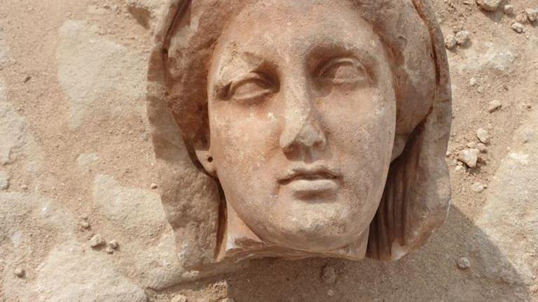 شاهد.. مصر تعرض أكبر اكتشاف لتوابيت عمرها 2500 عام على العلن
