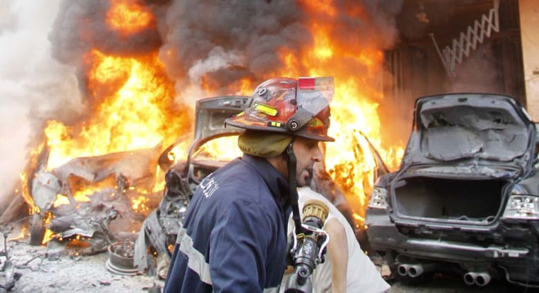 4 قتلى و27 جريحا بتفجير انتحاري في معقل حزب الله