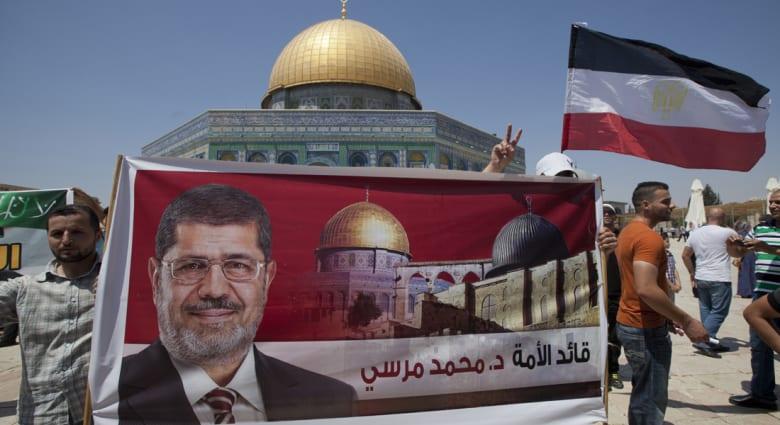 """محاكمة مرسي و35 إخوانياً بقضية """"التخابر"""" 16 فبراير"""