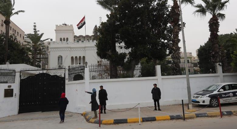 مصر: عودة 11 دبلوماسيا من ليبيا بعد اختطاف 5