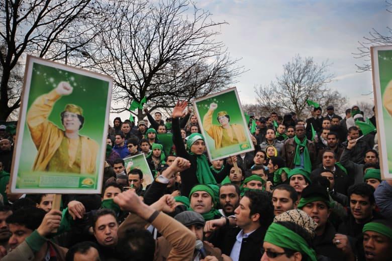 صحف: كتائب القذافي تعود لتحرير ليبيا ووكالة فضاء في مصر