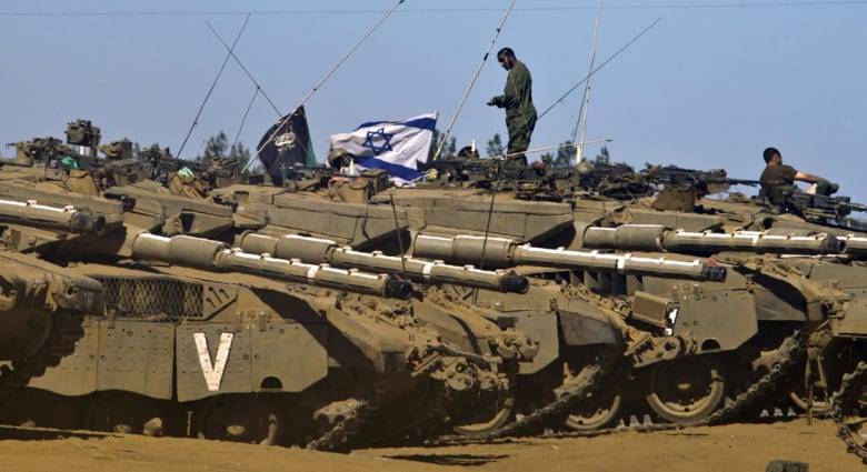 إسرائيل تهدد باجتياح غزة للقضاء على حماس وتمكين السلطة فيها