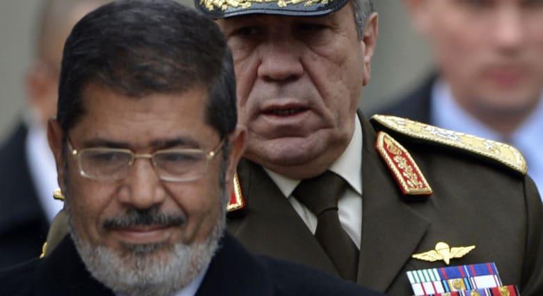 العوا يرد على تقارير سفره وتركه لقضية مرسي: يستمرئون اتهام الناس بالباطل