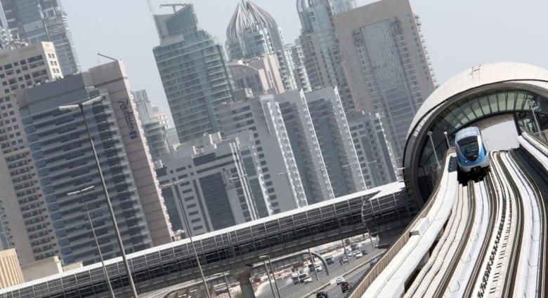 إعادة تمويل ديون بـ20مليار دولار مستحقة على دبي لأبوظبي والبنك المركزي