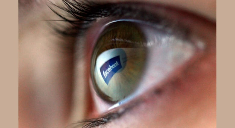 إيجابياً أم سلبياً؟ كيف غير فيسبوك حياتنا في 10 سنوات؟