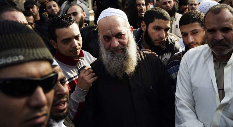 إحالة شقيق الظواهري إلى القضاء بتهمة تشكيل تنظيم مسلح كفّر الدولة وقاتل بسوريا