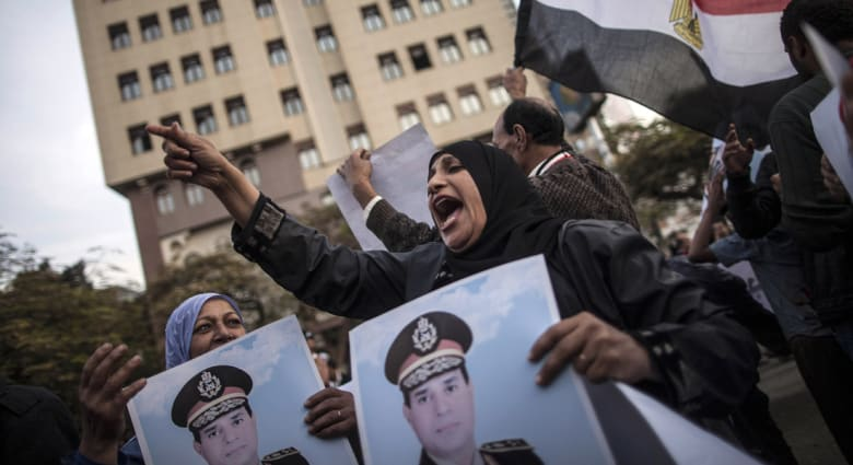 """مصر: سفيرنا لن يعود للدوحة قبل وقف """"عدائيتها"""" ونراقب الاتفاق الخليجي"""