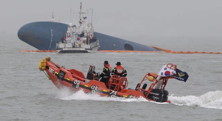 """غرق """"الكورية"""".. تحديات الغواصين.. والمأساة بعين صياد"""