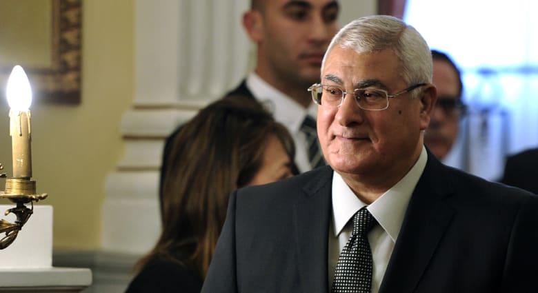"""مصر: """"مؤامرة"""" لاغتيال الرئيس منصور واتهام """"عناصر إخوانية"""""""