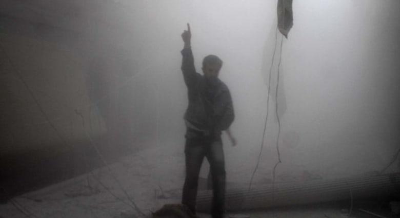 """سوريا: بدء انسحاب المعارضة من """"عاصمة الثورة"""" بعد حصار لعامين"""
