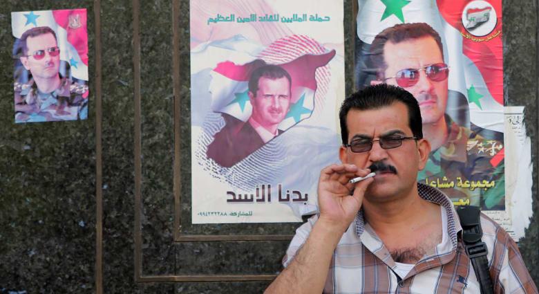 """الأسد """"يحارب الإرهاب"""" والبعث يعد بتبديل خريطة العالم وتعليم الدنيا الديمقراطية"""