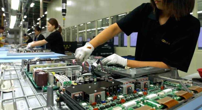 بعد الإصابة بسرطان الدم.. سامسونغ تعوض عاملين بمصانع شرائحها الإلكترونية