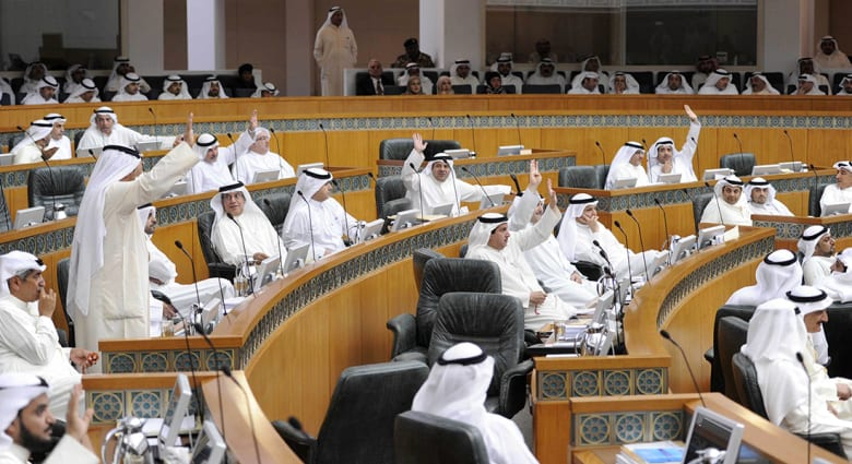 """صحف: منح """"البدون"""" في الكويت جنسية عربية وغاز إسرائيلي للأردن"""