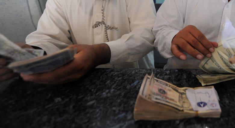 الإمارات تعفي المرضى وكبار السن والحوامل من السجن في قضايا التداين