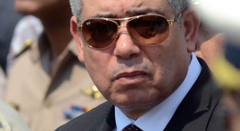 """وزير الداخلية : مرسي لا يأكل """"البط والجمبري"""" والجيش الحر غير موجود بمصر"""