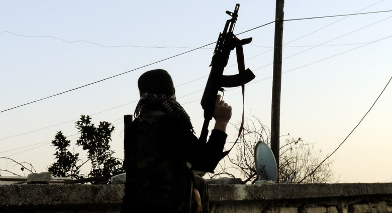 """مصادر لـCNN: """"أبوهريرة الأمريكي"""" انتحاري إدلب.. ترعرع في فلوريدا"""