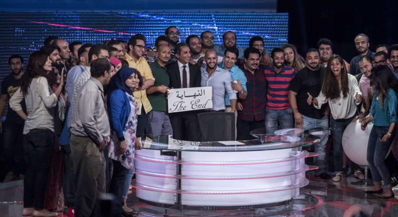 """باسم يوسف يسدل لوحة """"النهاية"""" بعد منع بث """"البرنامج"""" نهائياً"""