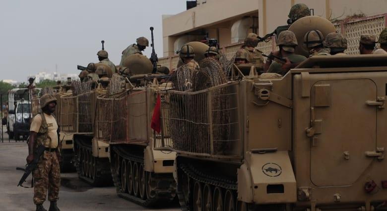 هجوم ثان على مطار كراتشي بعد تهديد طالبان بمزيد من الهجمات الانتقامية