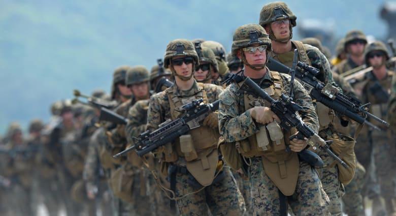 مصدر لـCNN: ما بين 50 و100 عنصر بالجيش الأمريكي يصلون لسفارة بلادهم ببغداد