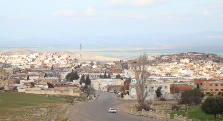 تقارير: مقتل وإصابة العشرات في انزلاق شاحنة في تالة غرب تونس