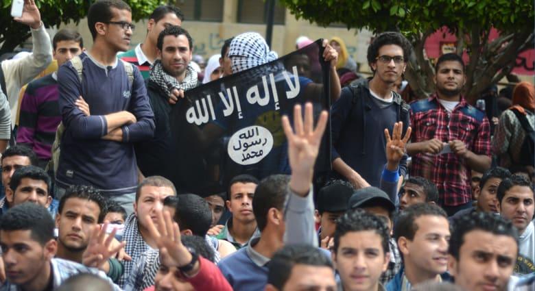"""المصريون يترقبون """"خميس الغضب"""".. ما الذي سيحدث في ذكرى """"عزل"""" مرسي؟"""