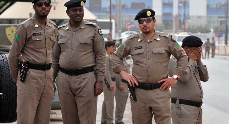 """مرجع ديني إيراني يحذر السعودية من إعدام """"الشيخ"""" النمر: ستجرح مشاعر الشيعة وسيكون لها تداعيات سيئة"""