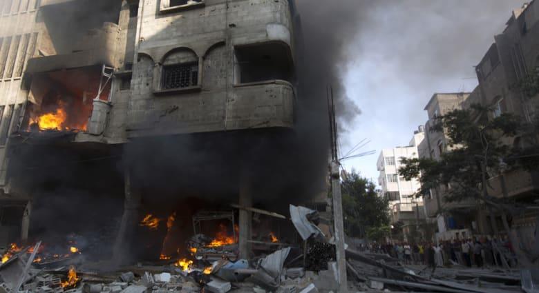 """76 قتيلا و540 جريحا بغزة.. نتنياهو يعد لـ""""كل الاحتمالات"""" وصواريخ باتجاه تل أبيب"""