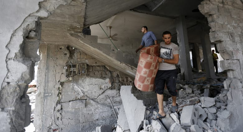 عمليات إخلاء للمنازل بشمال غزة بعد مناشير إسرائيلية تحذيرية.. وكتائب القسام تتوعد بالمزيد من العمليات