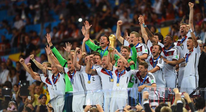 ألمانيا تعلق النجمة الرابعة كبطلة العالم 2014