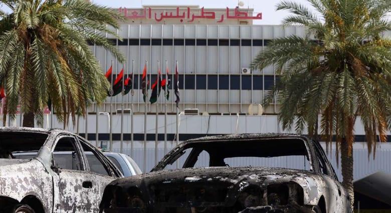 كتائب تطلق عملية جديدة لاقتحام مطار طرابلس والحكومة الليبية تدرس طلب قوات دولية