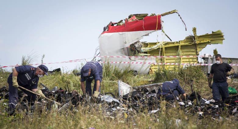 الطائرة الماليزية.. مجلس الأمن يصوت بالإجماع على قرار يندد بالحادثة وروسيا تتهم أوكرانيا بالتورط