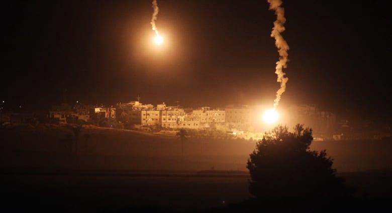الجرف الصامد: إسرائيل تبحث هدنة إنسانية .. وحصيلة القتلى الفلسطينيين تتجاوز 800