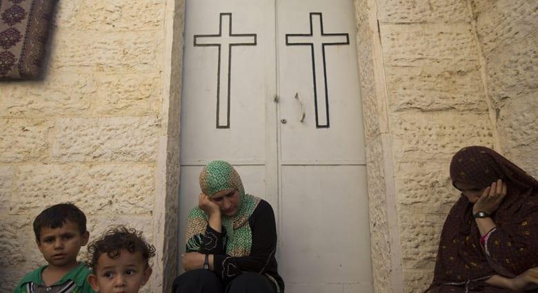 صحف: الكنائس تحتضن ليلة القدر في غزة وباسم يوسف يعود من جديد