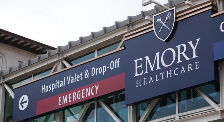وصول أول مريض بالإيبولا إلى الولايات المتحدة الأمريكية