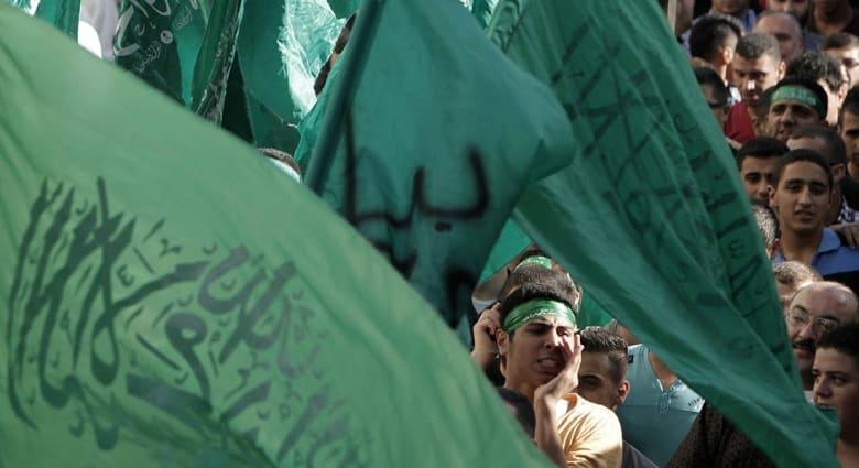 """صحف: طهران زودت حماس بالأسلحة وتحذيرات سعودية من """"فتاوى تويتر"""""""