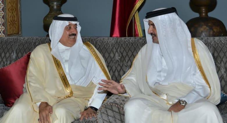 الأمير متعب نجل العاهل السعودي يلتقي أمير قطر وغموض حول تفاصيل المباحثات