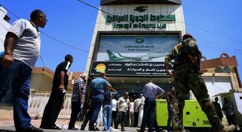 """أجواء العراق """"مغلقة"""" أمام حركة الطيران وبريطانيا تدعو لمغادرة كردستان فوراً"""
