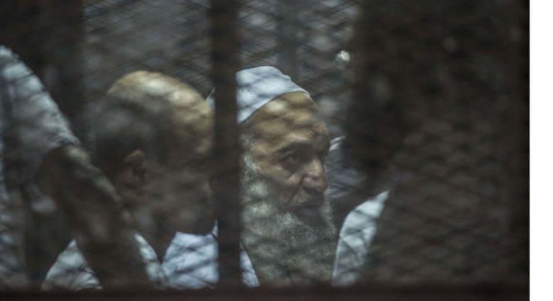 شقيق أيمن الظواهري بين 68 متهما بإنشاء تنظيم إرهابي أمام القضاء المصري مجددا